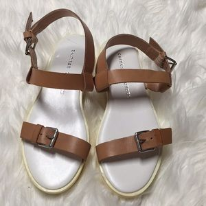 Chinese Laundry Note Worthy Sandals Size 7